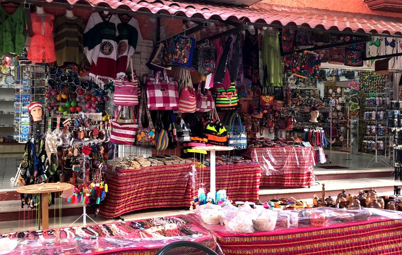 Cancun handycraft market