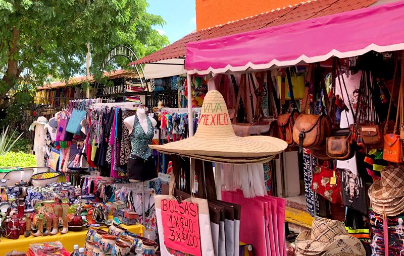 Cancun Plaza Bonita Market